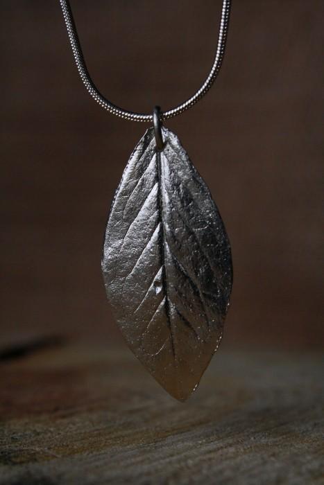 28_Pendant_Silver_Leaf_004