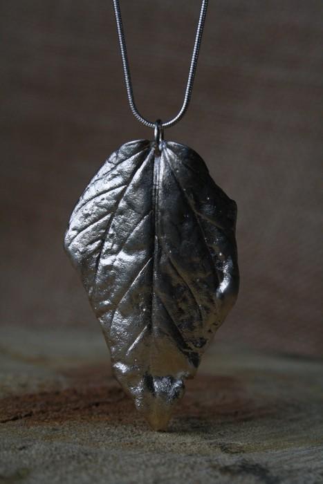 50_Pendant_Silver_Leaf_001